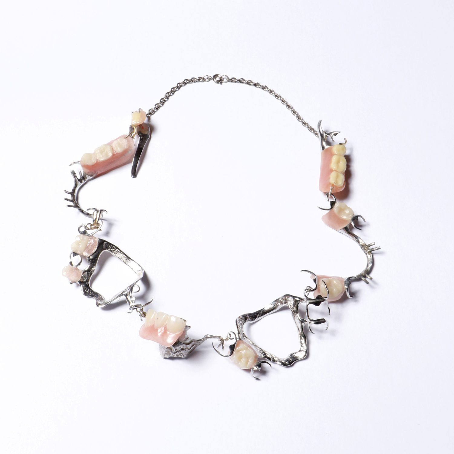 Prosthesis necklace 2020<div style='clear:both;width:100%;height:0px;'></div><span class='desc'>Size: 1 x 6 x 6 inch <br>Material: Prosthesis <br>Photo: Cissie van der Ven</span>